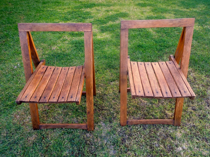 Vintage Wooden Folding Chairs – Refurbishing Part 2