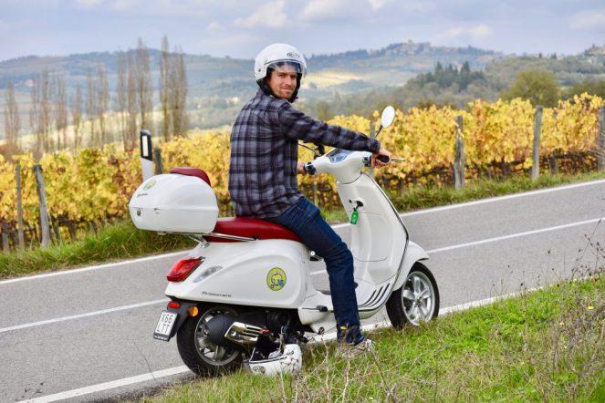 Florence, Firenze, Italy, Toscana, Tuscany, Chianti Region, Mela Vespo, Vespa